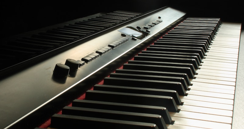 digital piano features