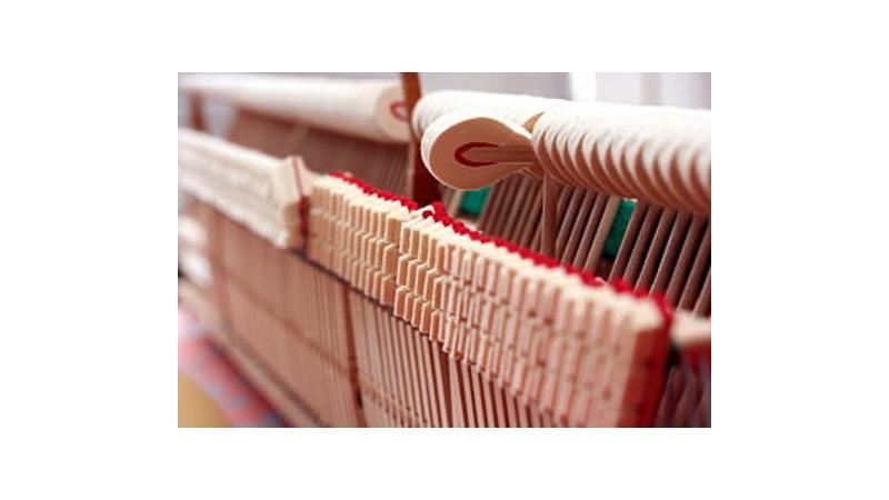 Hammer mechanism inside a piano